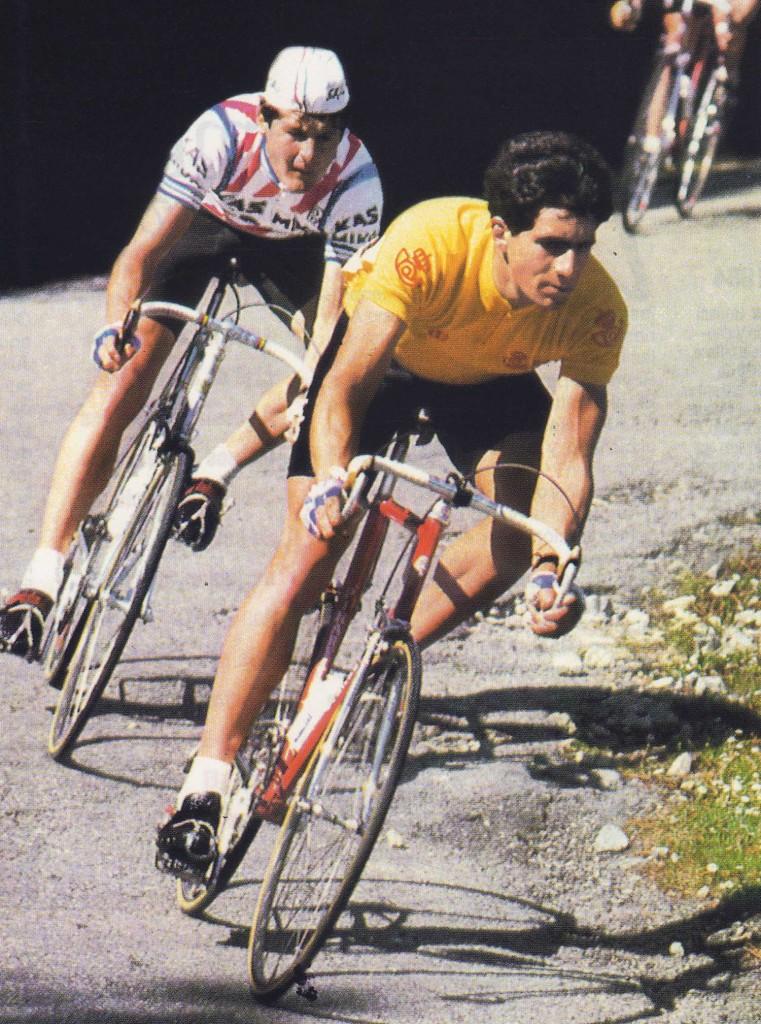 1985. Miguel Indurain líder más joven de la historia de la Vuelta.