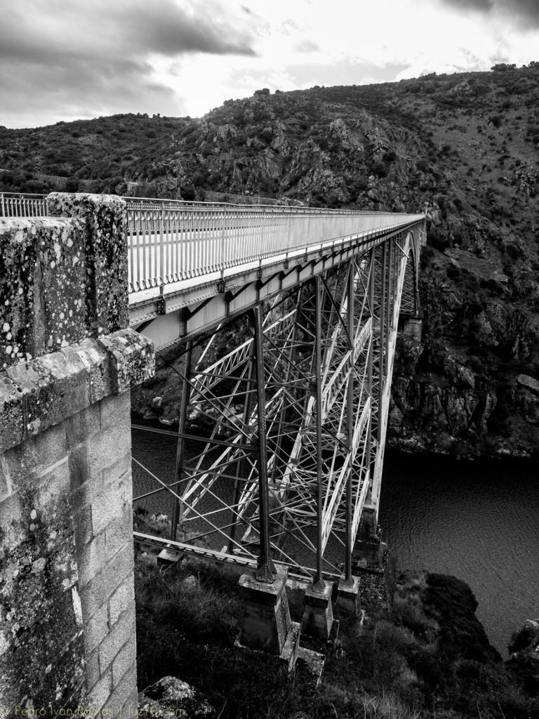 luz10 puente requejo ©pedro ivan ramos martin