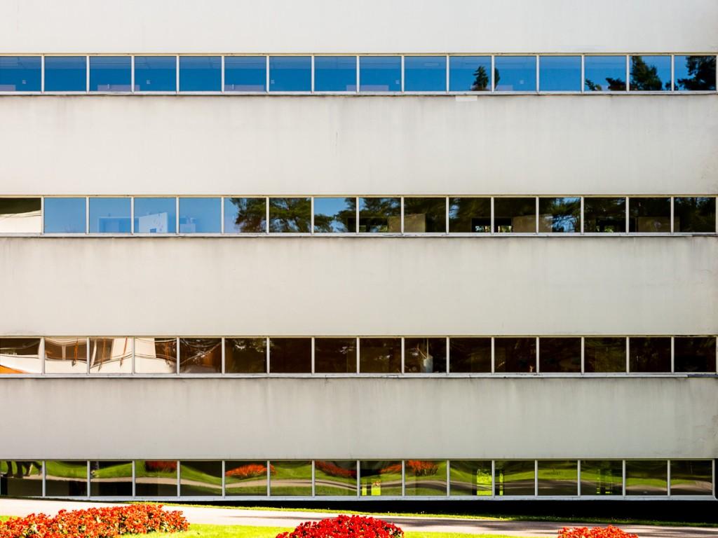 © luz10.com Paimio Pedro iván ramos martín